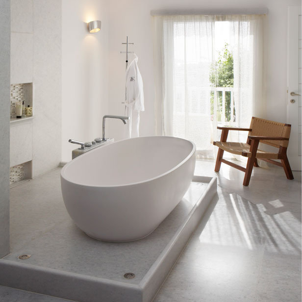The freestanding bath english bathroom hit for Different types of tubs