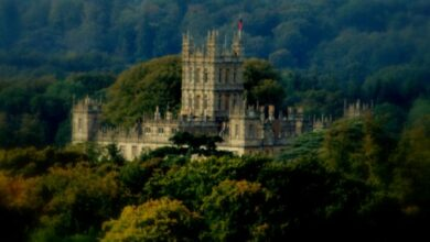 Photo of Highclere Castle is home to Downton Abbey: get the look
