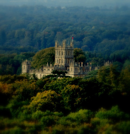 Highclere Castle Is Home To Downton Abbey Get The Look