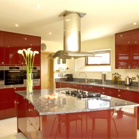 Pet hates and things that date - the glossy red kitchen ...