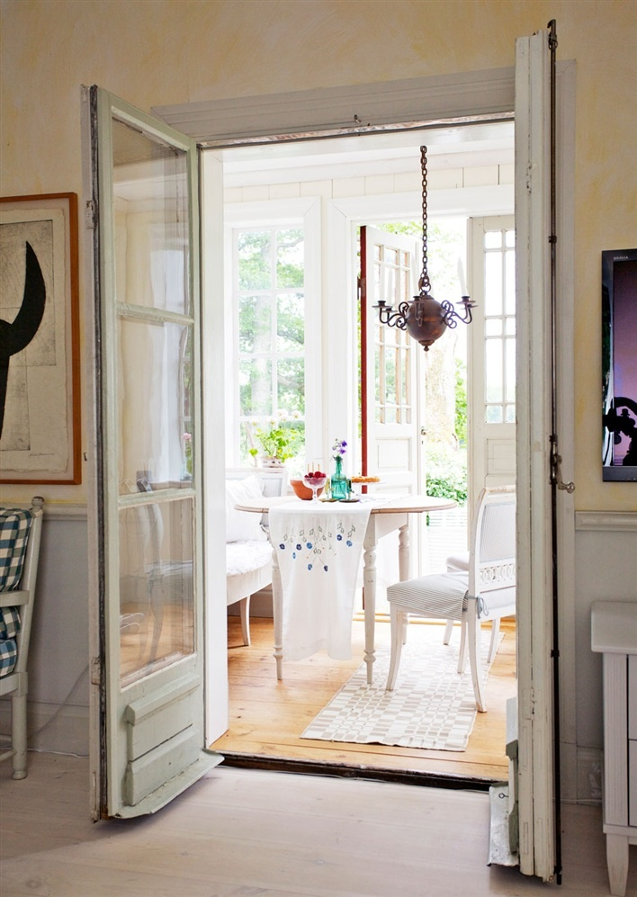 Bi Fold Doors Or Even Just A Single Door Will Make Big Difference To The Inside Temperature And Sure That Any Additional Heat From Radiators Isnt