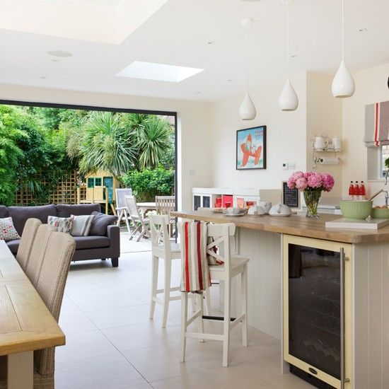 Burford Place Open Plan Kitchen With Breakfast Bar Island: Kitchen Diners, Dining Rooms And