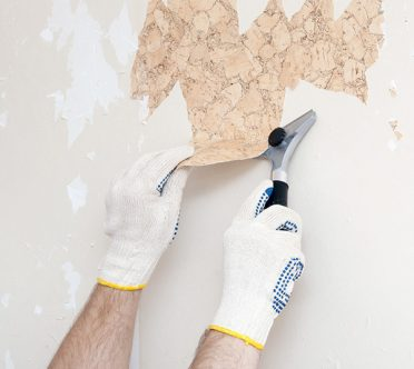 Start by clearing the walls and room and covering everything with plastic to protect your home. Newer wallpaper is strippable, meaning you can strip it off ...