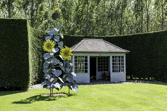 summerhouse-in-the-garden