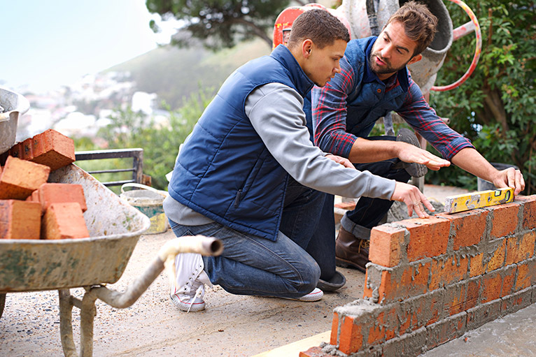 apprentice bricklayer
