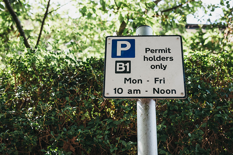 """Sign saying """"permit holders only"""""""