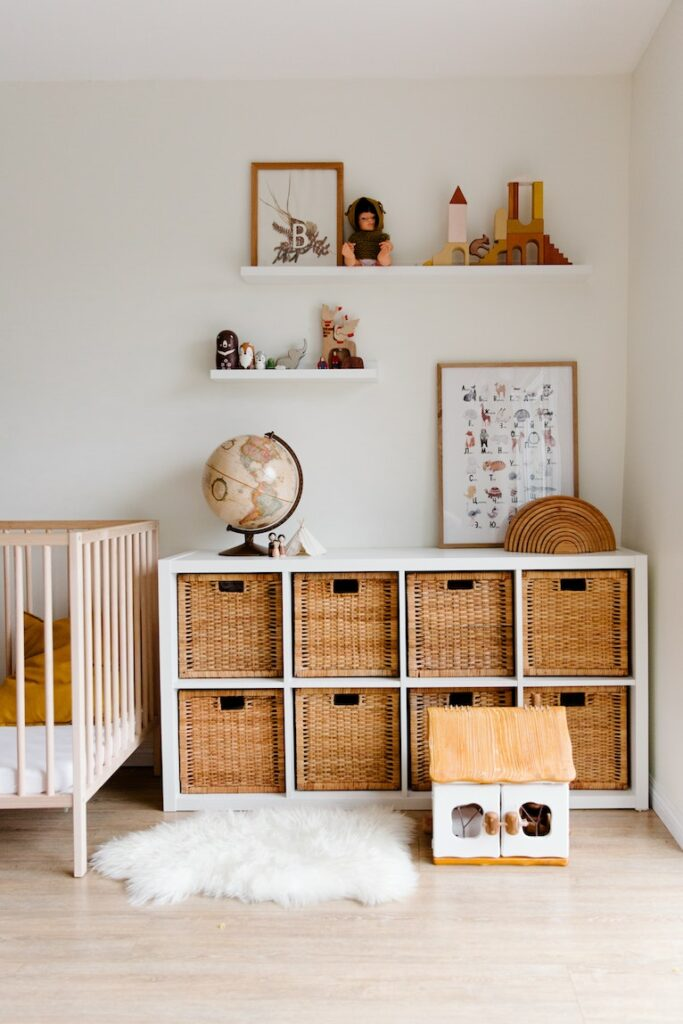 Budget storage: Nursery room with rattan storage unit