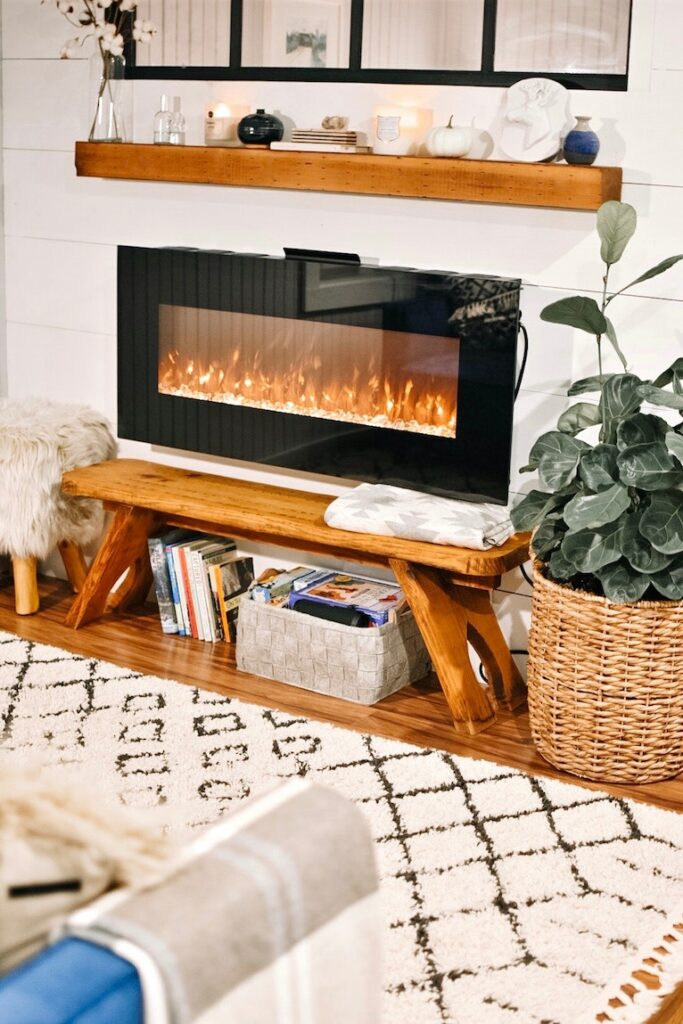 Home design: Fireplace in living room