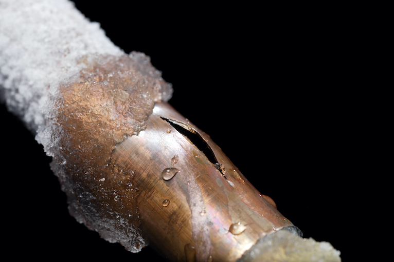 Plumbing problems: Frozen and burst copper pipe