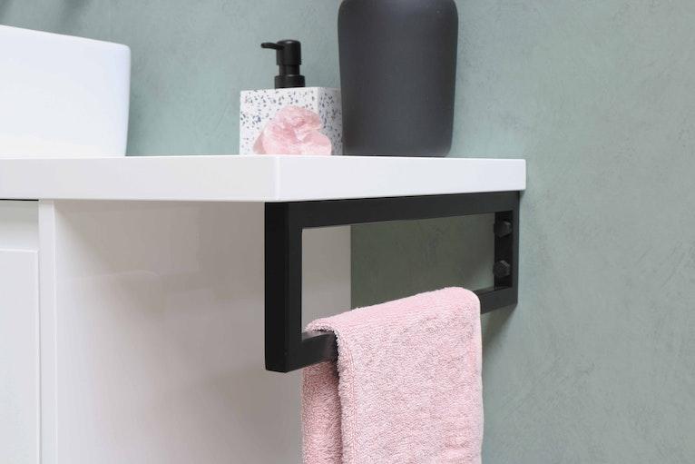 Bathroom shelf with towel storage