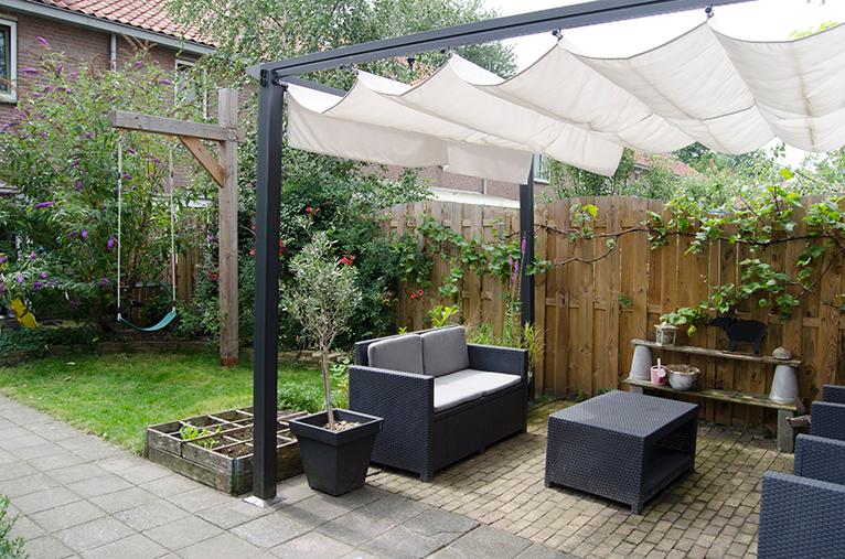 Pergola covering garden furniture