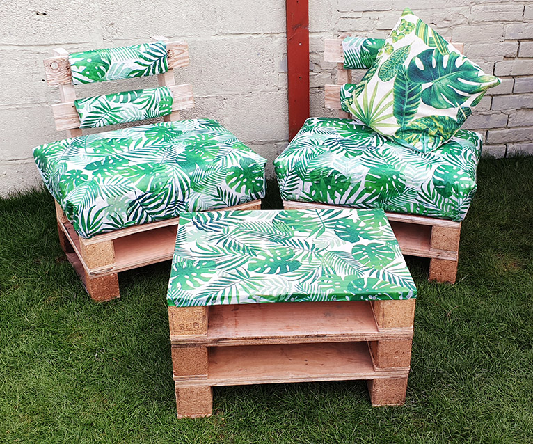 DIY garden pallet furniture